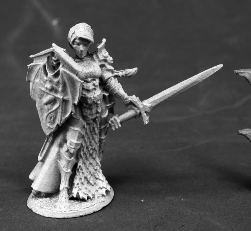 03800 Mara Frostraven, Female Anti-Paladin